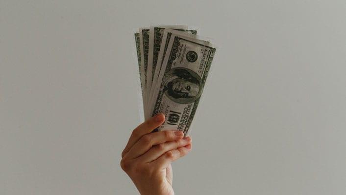 hold-money-give-stimulus