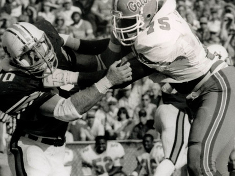 Former Gators OT Lomas Brown to be inducted into College Football Hall of Fame