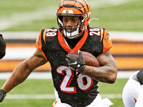 Bengals HB Joe Mixon Named AFC Offensive Player of the Week