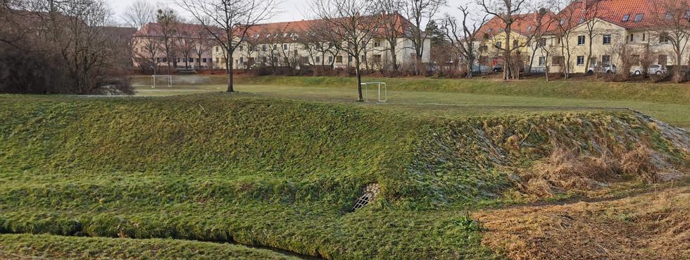 Sportplatz im Hugo-Bürkner-Park