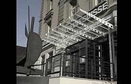 Photo de l'entrée principale de la succursale du Crédit Suisse à Porrentruy