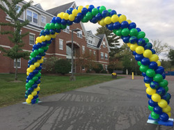 Outdoor Homecoming Balloon Arch at Southern New Hampshire University   Eye Candy Balloons