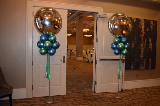 Balloon Columns | Eye Candy Balloons
