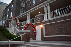 Latex-free, outdoor balloon arch for MCPHS in Boston, MA by Eye Candy Balloons