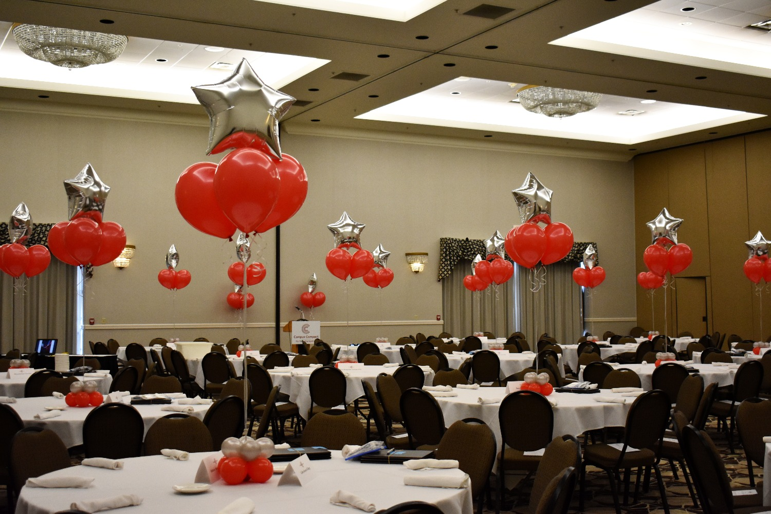 Balloon Bouquets Table Centerpieces