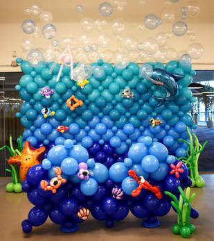 Under the Sea Balloon Wall with Balloon Sea Creatures by Eye Candy Balloons