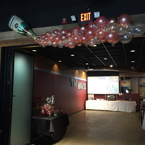 Champagne Balloon Decorations for 21st birthday party at Eye Candy Balloons