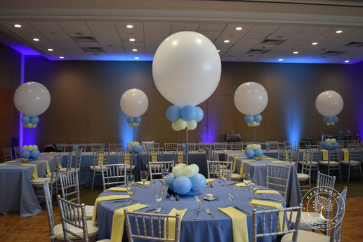 Mitzvah Balloon Centerpieces by Eye Candy Balloons