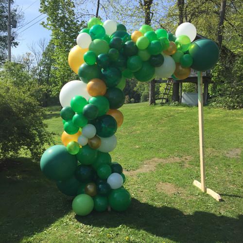 Outdoor Dinosaur and Safari theme birthday party balloons at Eye Candy Balloons