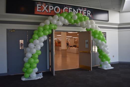 Expo Balloon Arch | New Hampshire Balloons | Eye Candy Balloons