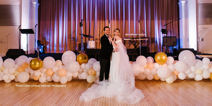 Organic White Wedding Balloon Garland at Omni Mt. Washington Resort by Eye Candy Balloons