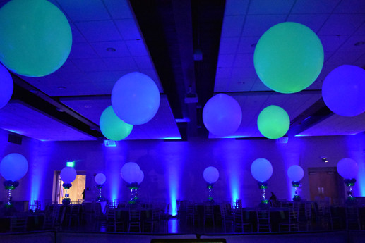 Dance Floor Balloons and Balloon Centerpieces by Eye Candy Balloons