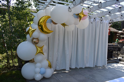 Organic White Balloon Garland | Wedding and Baby Shower Decorations | Eye Candy Balloons