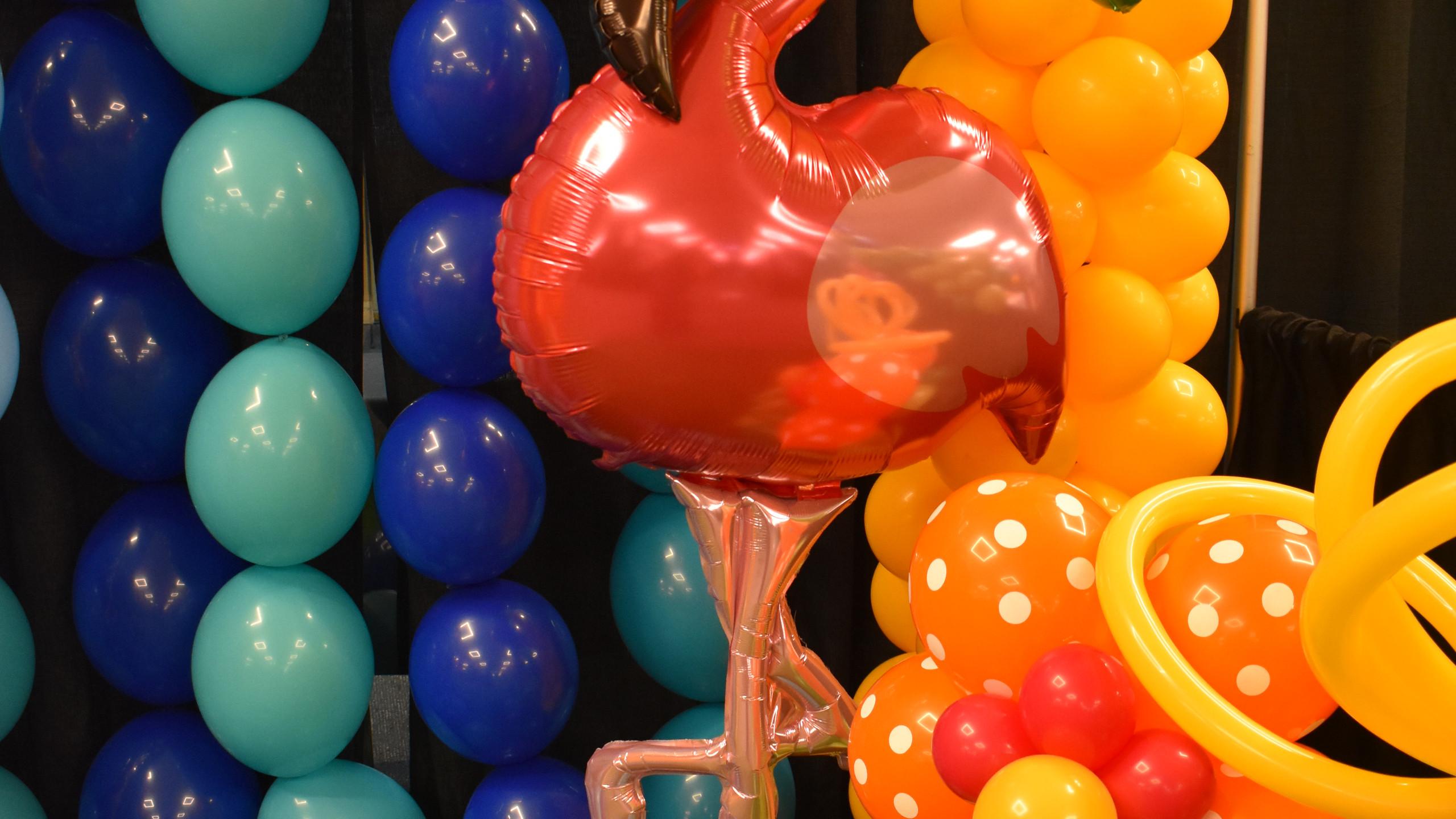 Tropical Beach Party Balloons