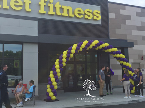 Grand Opening Balloon Arch | Planet Fitness NH | Eye Candy Balloons
