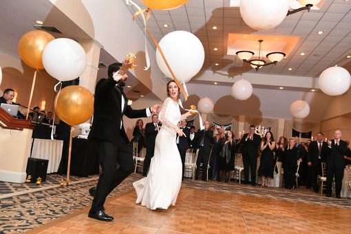 Wedding Balloons at Atkinson Country Club NH by Eye Candy Balloons