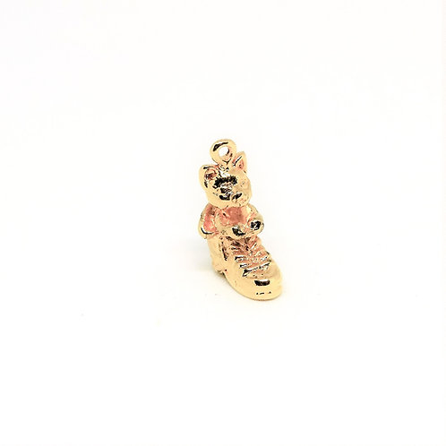 2607 Cat in boot charm