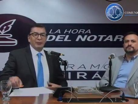 """El Lic. Gildardo Rábago, durante el programa """"La Hora del Notario""""."""