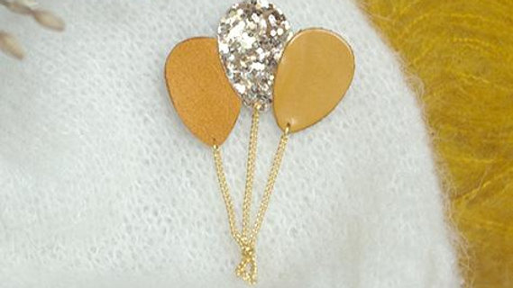 Broche Ballons Moutarde et Paillettes