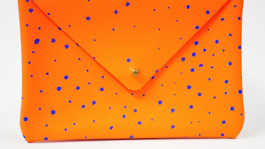 Pochette Cuir Sérigraphiée Orange