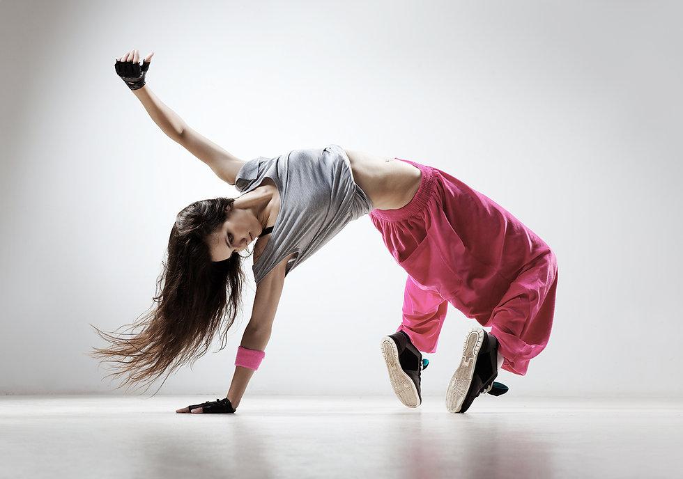 pembe pantolon breakdancing