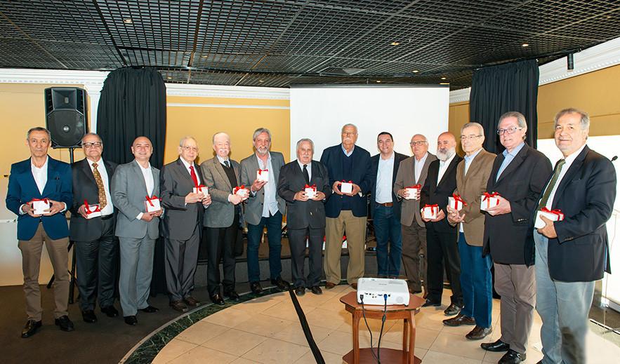 Fundadores, ex-presidentes e colaboradores homenageados durante a comemoração de 38 anos do CVG-SP