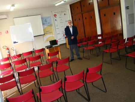APTS firma parcerias para a oferta de cursos
