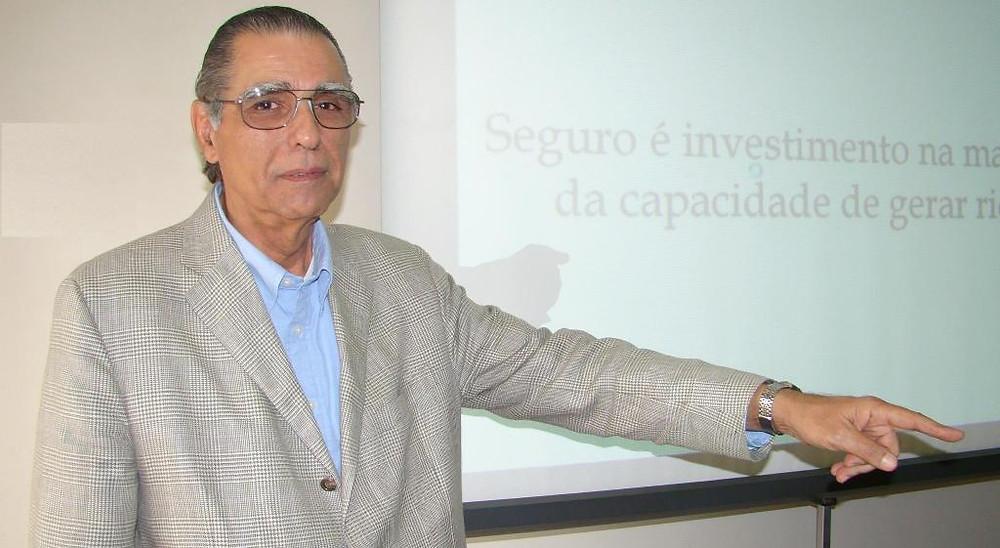 Barros de Moura