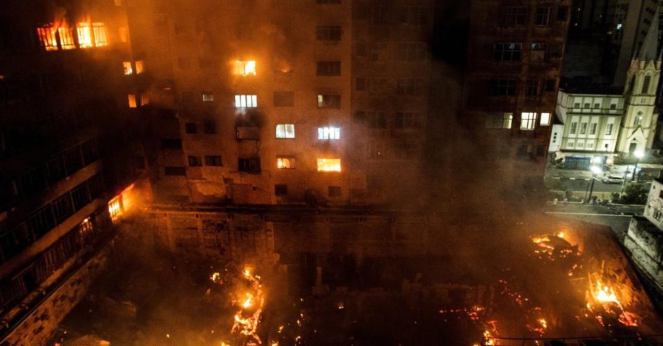 incendio edificio centro.jpg