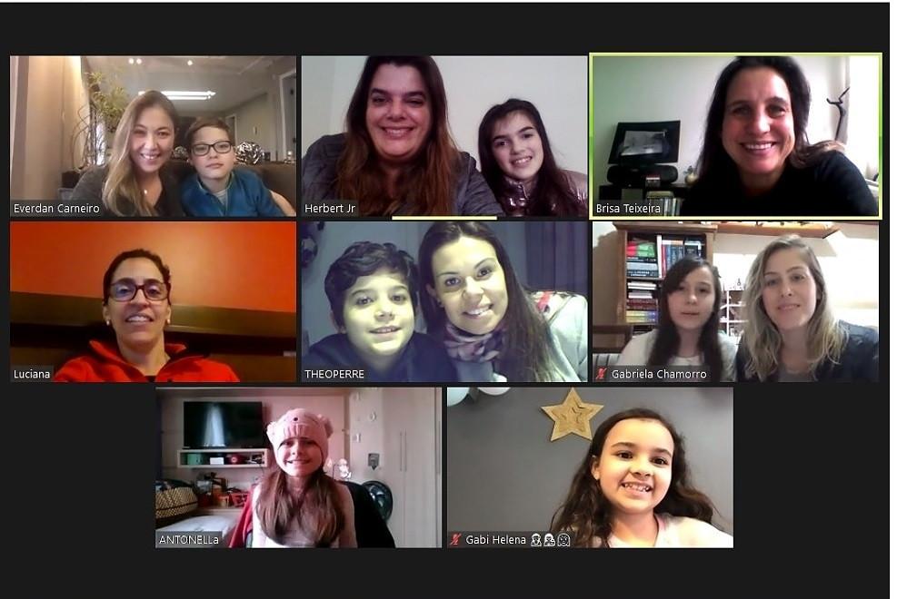 Os estudantes também tiveram a consultoria da audiodescritora Brisa Teixeira para desenvolver o projeto