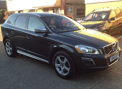Volvo XC602.4 D5 R-Design AWD 5dr - Marcus James Used Cars Suffolk