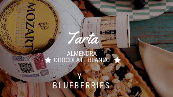 Tarta de almendra, chocolate blanco y blueberries!