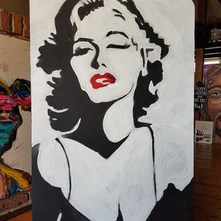 Marilyn Monroe tafeltje