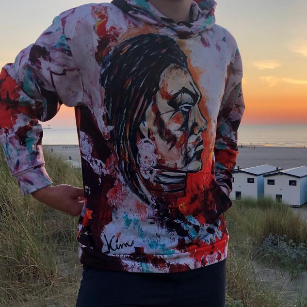 indiaan-schilderij-hoodie-gekleurd