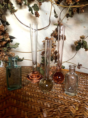 Bubble bud vases