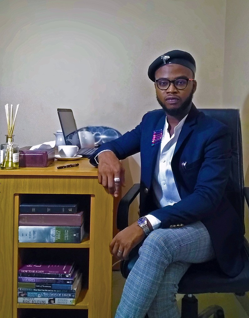 Image and style tips for men from a male image consultant/personal stylist for men by Adebayo Sinmi-Adetona