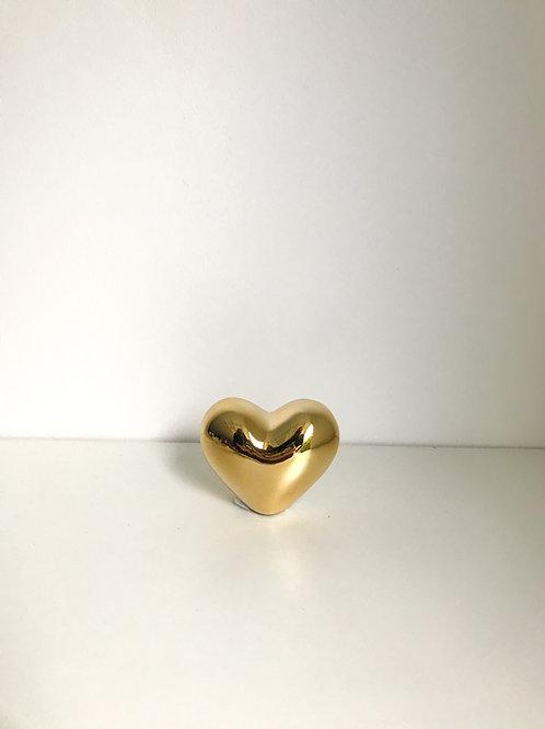 Coração P dourado
