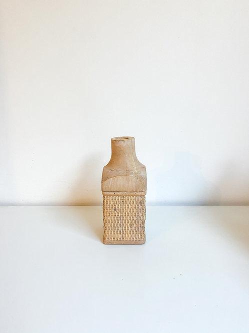 Garrafa madeira e treliça P