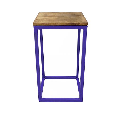 Mesa cubo lilás 28,5(L)x28,5(P)x52(A)