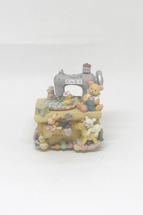 Caixa maquina de costura baby