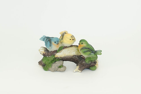 Pássaros no tronco