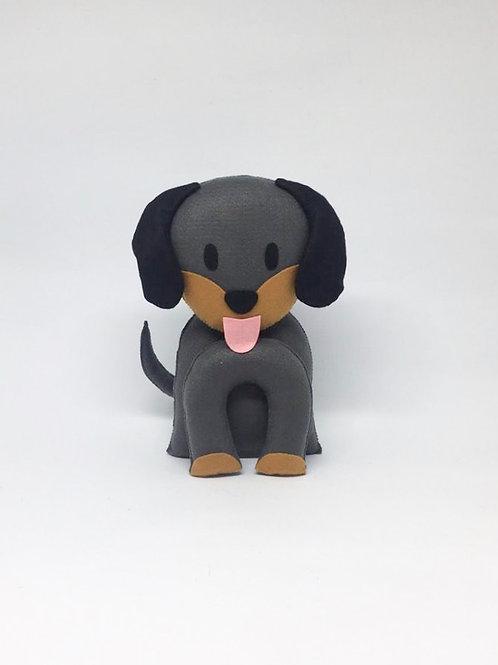 Cachorro preto feltro