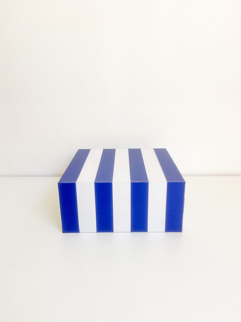 Caixa listras G azul e branco