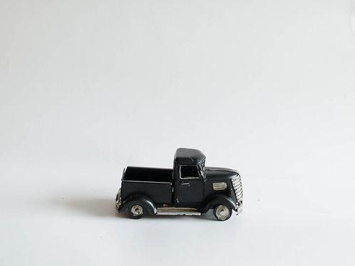 Carro picape antiga preta