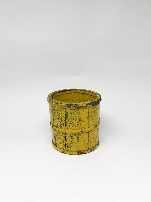 Cachepot rústico amarelo