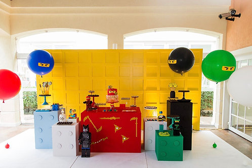 Painel Boiserie quadrado amarelo