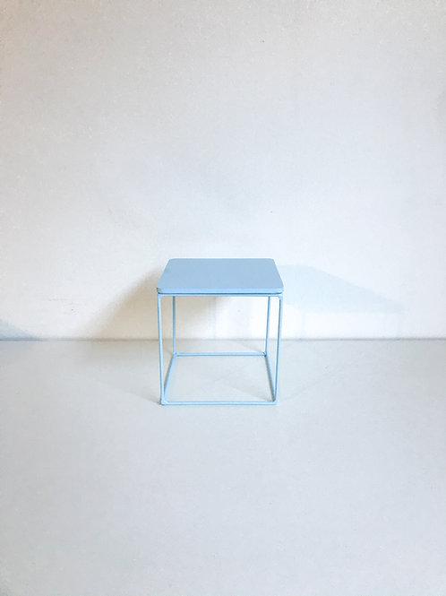 Suporte Mondrian cubo azul claro