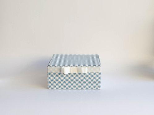 Caixa forrada M xadrez