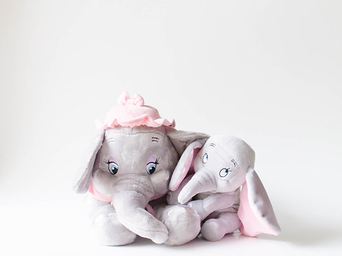 Dumbo e mamãe pelúcia