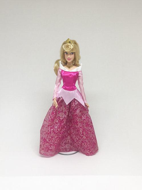Boneca princesa Aurora (Bela Adormecida)